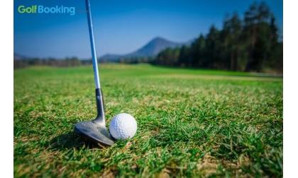 Xem ngay kỹ thuật đánh golf trên địa hình sườn dốc chi tiết nhất cho người mới chơi