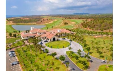 Sân golf Novaland Phan Thiết sân golf PGA tiêu chuẩn quốc tế
